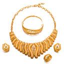 זול סט תכשיטים-בגדי ריקוד נשים סט תכשיטים - ציפוי זהב אופנתי, הצהרה לִכלוֹל זהב עבור חתונה / Party