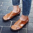 abordables Sandalias de Hombre-Hombre Zapatos Confort Cuero Verano Sandalias Negro / Marrón Claro