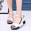 זול נעלי אוקספורד לנשים-בגדי ריקוד נשים נעליים PU אביב קיץ נוחות סנדלים עקב טריז לבן / שחור