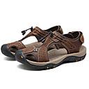 tanie Sandały męskie-Męskie Komfortowe buty Skóra nappa / Skóra bydlęca Lato Sandały Jasnobrązowy / Ciemnobrązowy / Khaki