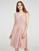 Χαμηλού Κόστους Φορέματα Παρανύμφων-Γραμμή Α Λαιμόκοψη V Μέχρι το γόνατο Σιφόν Φόρεμα Παρανύμφων με Πλαϊνό ντραπέ / Χιαστί / Πιασίματα με LAN TING BRIDE®