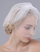 preiswerte Hochzeitsschleier-Drittschichtig Schnittkante Hochzeitsschleier Gesichts Schleier Mit Strass Tüll