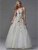 billige Bryllupskjoler-A-linje V-hals Gulvlang Blonder / Tyll Formell kveld Kjole med Perlearbeid / Broderi av TS Couture®