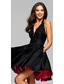 billige Todelte kjoler-A-linje V-hals / Grime Kort / mini Elastisk sateng Liten svart kjole Cocktailfest Kjole med Appliqué av LAN TING Express