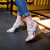 女性用 靴 レザーレット 夏 ウエッジヒール ベックル のために オフィス&キャリア ドレスシューズ シルバー ベージュ ブルー