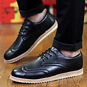 メンズ 靴 マイクロファイバー 秋 コンフォートシューズ オックスフォードシューズ 編み上げ 用途 カジュアル ホワイト ブラック Brown ブルー