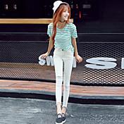 2017クール繊維将来爆発のモデルは黒のジーンズに白の女性を正孔