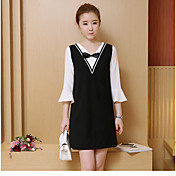 新しい2017年の春と秋韓国の女性のラウンドネック偽2つの単語が薄いドレスだった