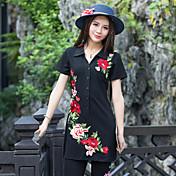 正方形の襟の半分カーディガンシンプルかつエレガントなロングTシャツ刺繍の新しい半袖コットンTの2017新しい長いセクション