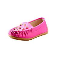 baratos Sapatos de Menina-Para Meninas Sapatos Courino Primavera / Verão / Outono MaryJane Sapatos de Barco Tachas para Branco / Amarelo / Fúcsia