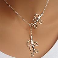 Női Nyaklánc medálok Leaf Shape Ezüstözött Ötvözet minimalista stílusú Divat jelmez ékszerek Állítható Hosszú hossz Ékszerek