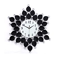 cheap Wall Clocks-Modern/Contemporary Glass Iron Round Novelty Indoor,AA Wall Clock