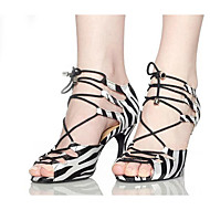 baratos Sapatilhas de Dança-Mulheres Sapatos de Salsa Flocagem Sandália / Salto Estampa Animal Salto Agulha Não Personalizável Sapatos de Dança Preto e Branco / Interior / Profissional