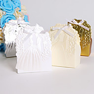 ieftine Big Heard Love®-Rotund Pătrat Creative Hârtie cărți de masă Favor Holder cu Panglici Imprimare Cutii de Savoare