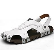 tanie Obuwie męskie-Męskie Komfortowe buty Skóra nappa Wiosna / Lato / Jesień Sandały Sporty wodne Biały / Czarny / Jasnobrązowy