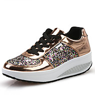 cheap Women's Athletic Shoes-Women's Shoes Leatherette Spring / Fall Comfort / Light Soles Loafers & Slip-Ons Walking Shoes Wedge Heel Round Toe Sequin / Lace-up Gold