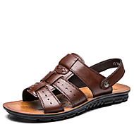 baratos Sapatos Masculinos-Homens Couro Primavera / Verão Conforto Sandálias Caminhada Preto / Marron