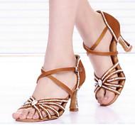 baratos Sapatilhas de Dança-Mulheres Sapatos de Dança Latina Seda Salto Presilha / Cristal / Strass Personalizável Sapatos de Dança Preto / Marron / Azul / Interior