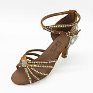 baratos Sapatilhas de Dança-Mulheres Sapatos de Dança Latina Cetim Sandália Pedrarias / Cristais Salto Agulha Sapatos de Dança Marron / Interior