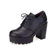 baratos Sapatos Femininos-Mulheres Sapatos Microfibra Primavera / Outono Sapatos formais Saltos Salto Robusto Ponta Redonda Preto