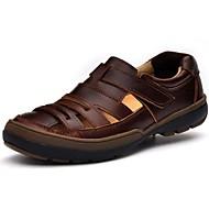 お買い得  男性用靴-男性用 靴 ナパ革 夏 秋 コンフォートシューズ サンダル ウォーターシューズ のために カジュアル アウトドア ドレスシューズ ブラック Brown