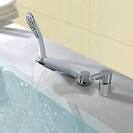 コンテンポラリー モダンスタイル 組み合わせ式 滝状吐水タイプ ハンドシャワーは含まれている with  セラミックバルブ シングルハンドル4つの穴 for  クロム , 浴槽用水栓
