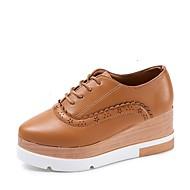 baratos Sapatos Femininos-Mulheres Sapatos Couro Ecológico Primavera / Outono Conforto Oxfords Salto Plataforma Dedo Apontado Cadarço Preto / Bege / Castanho Escuro