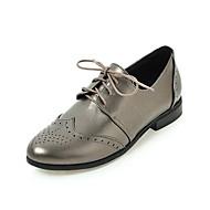 baratos Sapatos de Tamanho Pequeno-Mulheres Sapatos Courino Primavera / Outono Rasos Sem Salto Ponta Redonda Cadarço Preto / Bege