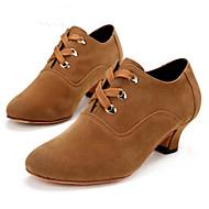 billige Moderne sko-Dame Moderne sko Syntetisk / Semsket lær Tvinning Kustomisert hæl Kan spesialtilpasses Dansesko Brun / Svart / Rød / Innendørs