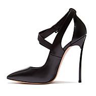 halpa -Naiset Kengät Lampaannahka Kesä Syksy Comfort Uutuus Korkokengät Kävely Pointed Toe Soljilla Käyttötarkoitus Puku Juhlat Musta