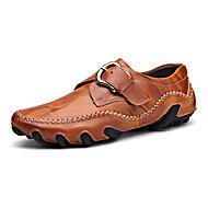 baratos Sapatos Masculinos-Homens Pele Primavera / Outono Casual / Conforto Mocassins e Slip-Ons Preto / Marron / Castanho Claro