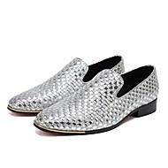 baratos Sapatos Masculinos-Homens Pele Napa Primavera / Outono Conforto / Sapatos formais Mocassins e Slip-Ons Dourado / Prata / Festas & Noite