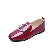 baratos Mocassins Femininos-Mulheres Sapatos Couro Ecológico Primavera / Verão Conforto Sandálias Salto Baixo para Branco / Preto / Vermelho