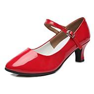 baratos Sapatilhas de Dança-Mulheres Sapatos de Dança Moderna TPU / Couro Envernizado Salto Salto Cubano Personalizável Sapatos de Dança Vermelho / Ensaio / Prática