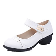 baratos Sapatilhas de Dança-Sapatos de Dança Moderna Micofibra Sintética PU Salto Salto Baixo Personalizável Sapatos de Dança Preto / Marron / Vermelho