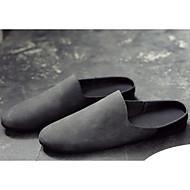baratos Sapatos Masculinos-Homens Couro Ecológico Primavera / Outono Conforto Tamancos e Mules Preto / Cinzento