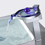 Moderne Centersat Vandfald LED Keramik Ventil Et Hul Enkelt håndtag Et Hul Krom, Håndvasken vandhane