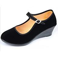 baratos Sapatos Femininos-Mulheres Sapatos Flocagem Primavera / Outono Conforto Saltos Salto Plataforma Preto