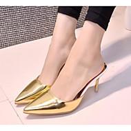 tanie Obuwie damskie-Damskie Obuwie Skóra patentowa Wiosna Jesień Comfort Chodaki i klapki Szpilka na Casual Gold Silver Purple