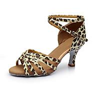 baratos Sapatilhas de Dança-Mulheres Sapatos de Dança Latina Cetim / Courino Sandália / Salto Recortes Salto Personalizado Personalizável Sapatos de Dança Prata /