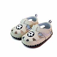 tanie Obuwie chłopięce-Dla dziewczynek Dla chłopców Buty Skórzany Wiosna Lato Buty do nauki chodzenia Comfort Sandały na Casual Beige Yellow