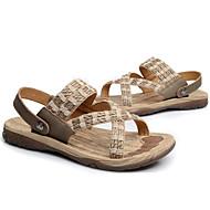 baratos Sapatos Masculinos-Homens Linho / Pele Verão / Outono Conforto Sandálias Tênis Anfíbio Preto / Bege