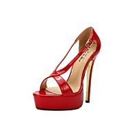 baratos Sapatos Femininos-Mulheres Sapatos Couro Ecológico Verão Chanel Sandálias Salto Agulha Ponta Redonda Preto / Vermelho / Casamento / Festas & Noite