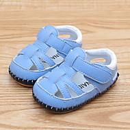 baratos Sapatos de Menina-Para Meninos / Para Meninas Sapatos Pele Verão Primeiros Passos Sandálias Velcro para Bebê Branco / Azul / Rosa claro