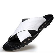 baratos Sapatos Masculinos-Homens Couro Verão Conforto Chinelos e flip-flops Preto / Amarelo / Azul