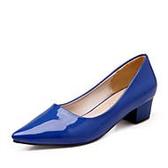 tanie Obuwie damskie-Damskie Obuwie Nappa Leather / Skóra patentowa Wiosna Comfort Szpilki Gruby obcas Czerwony / Green / Niebieski