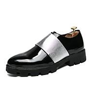 baratos Sapatos Masculinos-Homens Sapatos formais Pele Outono Oxfords Preto e Dourado / Preto e Prateado / Festas & Noite