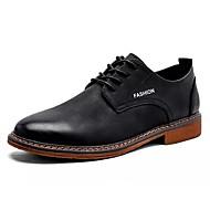 baratos Sapatos Masculinos-Homens Pele Outono Conforto Oxfords Preto / Marron
