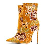 abordables -Mujer Embroided Zapatos Satén Otoño invierno Vintage Botas Tacón Stiletto Dedo Puntiagudo Mitad de Gemelo Encaje Cosido Amarillo / Verde / Azul Real / Boda / Fiesta y Noche / Bloques