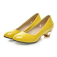 여성용 구두 에나멜 가죽 여름 힐 낮은 굽 일상 용 블랙 / 옐로우 / 그린 / 편안한 신발